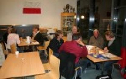 Møte for lag og foreninger i glasshuset på SAUS