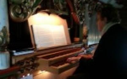 Organist Guri Amundsplass går av med pensjon