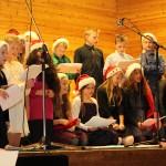 """Ørnulf Dyve og 5. klasse synger """"Deres Jul"""""""