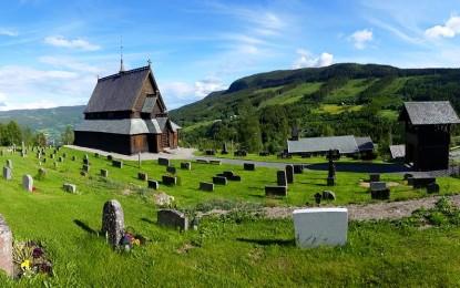 Stavkirkene i Sør-Aurdal er åpne for omvisning